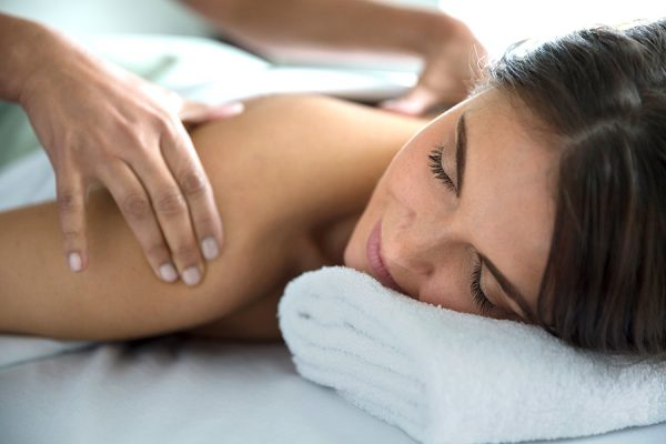 CINQ MONDES Massage Dos (4)2 HD
